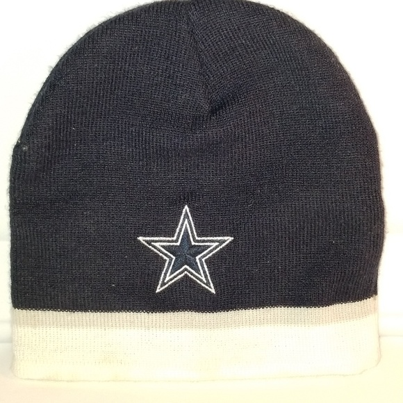 Dallas cowboys skully hat. M 5b97367cc9bf50e914c6fa09 05a37bd410b